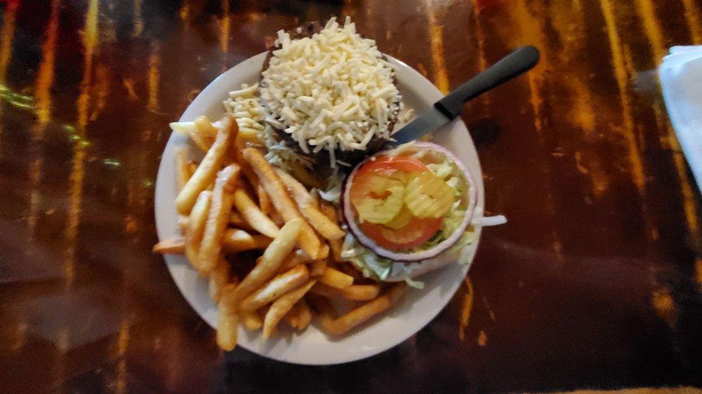 Rivershack Tavern: 3449 River Rd, Jefferson, LA
