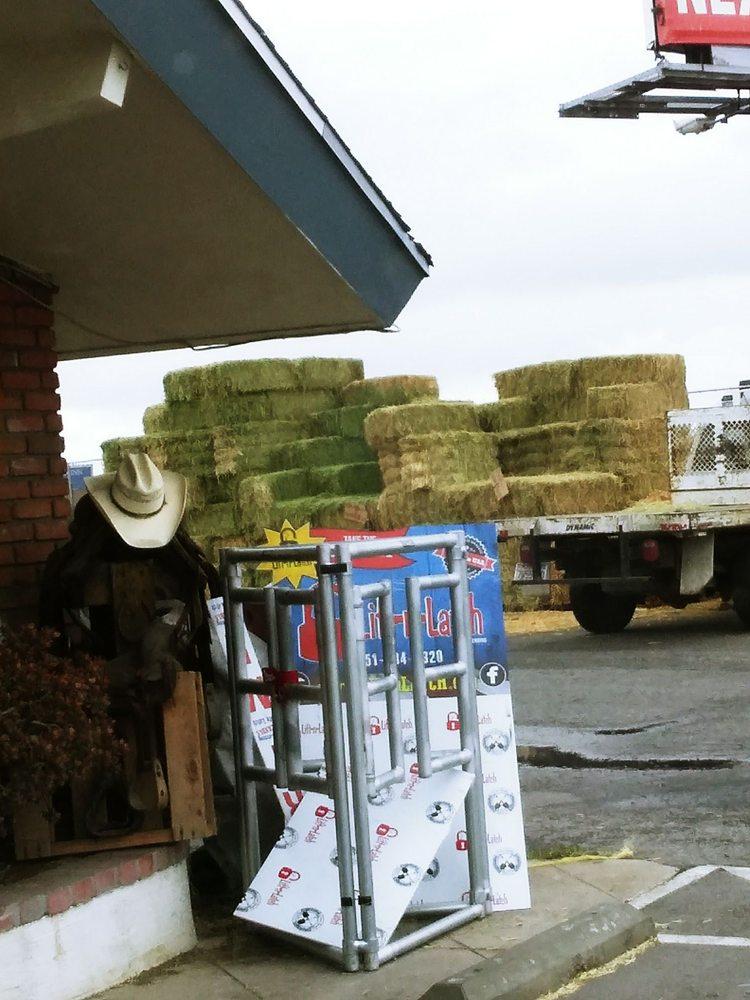 All Seasons Feed & Ranch Supply: 621 W Avenue L, Calimesa, CA