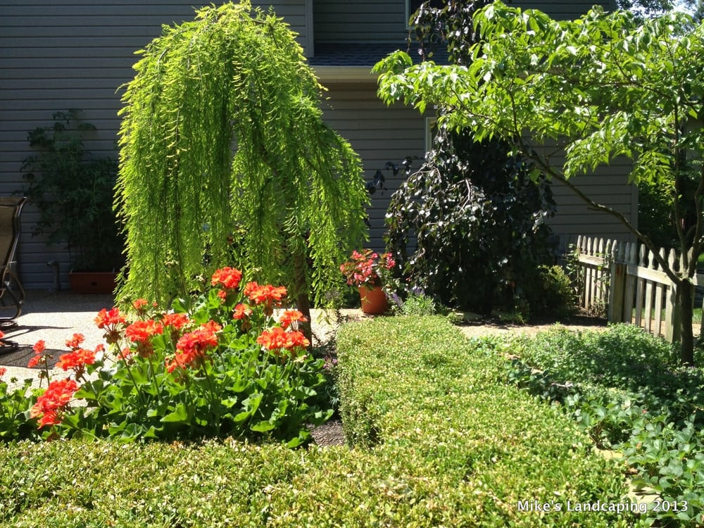 Mike's Landscaping: 11500 Tarlton Rd SW, Circleville, OH