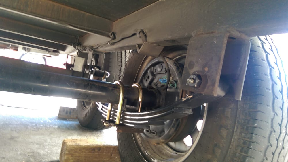 Two Axle Trailer Replaced Leaf Spring Shackles And U