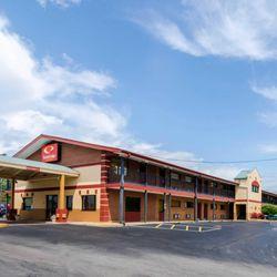 Photo Of Econo Lodge Inn Suites I 35 At Shawnee Mission Overland Park