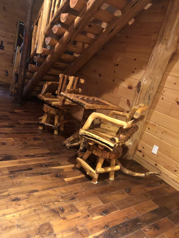 Almost Heaven Cabin Rentals: 1142 Rocky Branch Rd, Chapmanville, WV