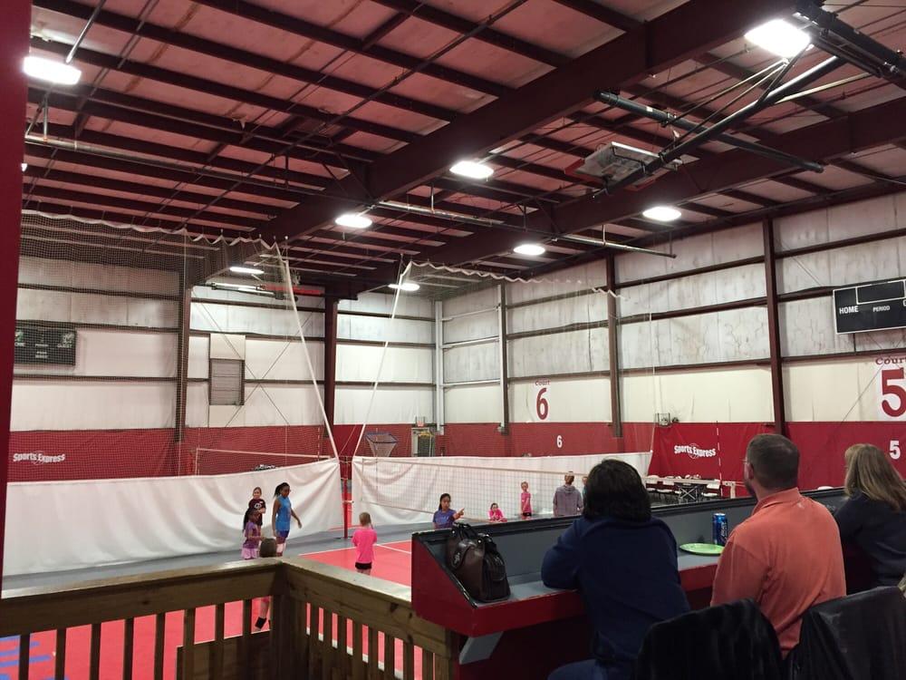 Sports Express: 5280 State Rt 741, Mason, OH