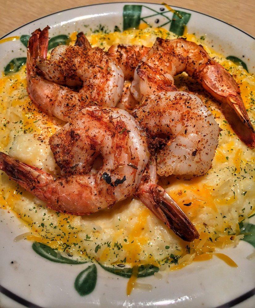 Red Wing Restaurant: 12500 State Rd 33, Groveland, FL