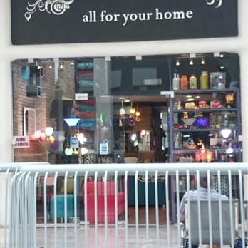 Centoz tienda de muebles av eugenio garza sada sur for Muebles gundin sada