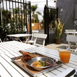 Otus thai kitchen coffee thai west hollywood west for Kitchen 24 west hollywood