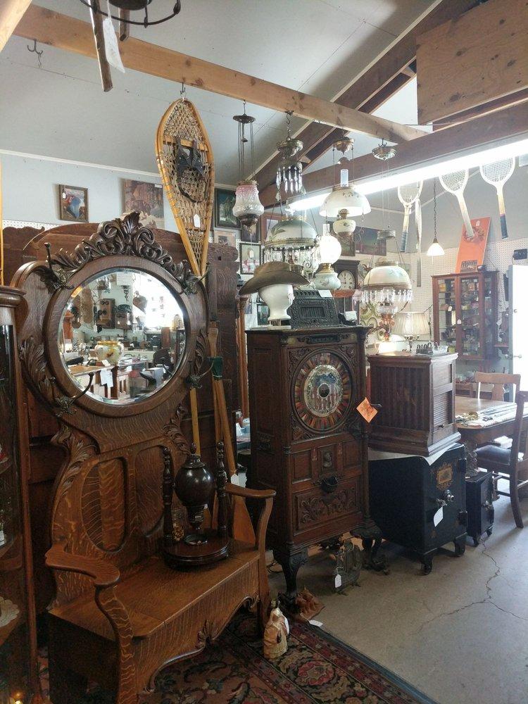 St Regis Antique Gallery: 330 Mt Highway 135, Saint Regis, MT