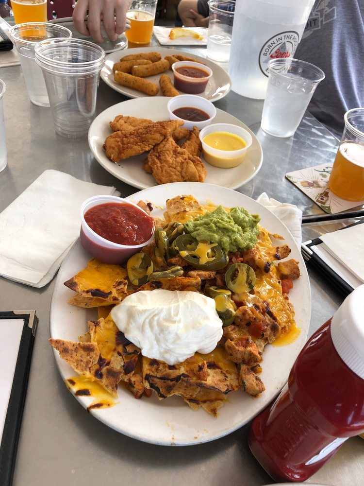 Cleveland Park Bar and Grill: 3421 Connecticut Ave NW, Washington, DC, DC