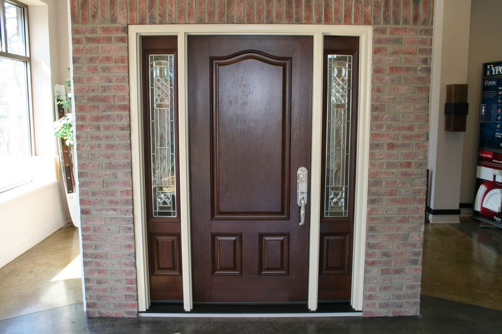 Provia Signet Mahogany Texture Fiberglass Entry Door