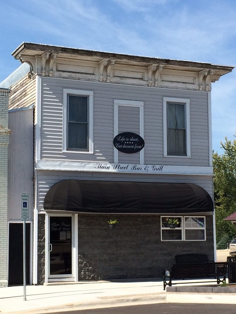 Main Street Bar & Grill: 219 Broadway, Larchwood, IA