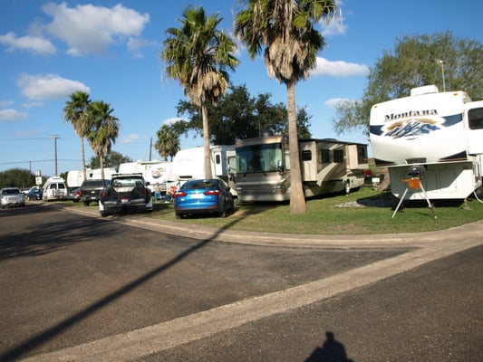 Mesquite Rv Park And Sales キャンピングカー用公園 11924 W Bus 83