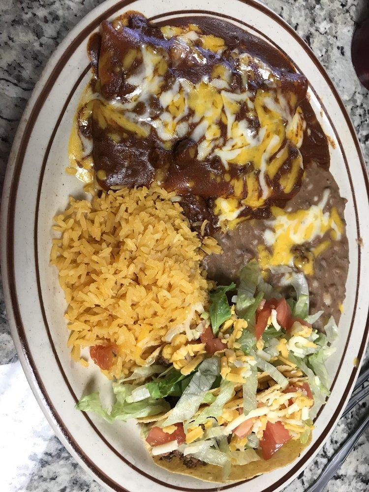 Hidalgo's Cafe: 501 N Colorado St, Coleman, TX