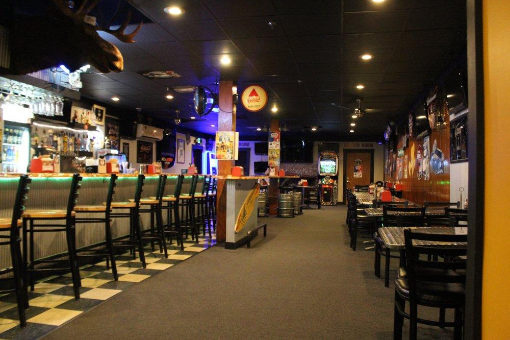 Hotel Rumford Western Maine's Sports Bar: 65 Canal St, Rumford, ME