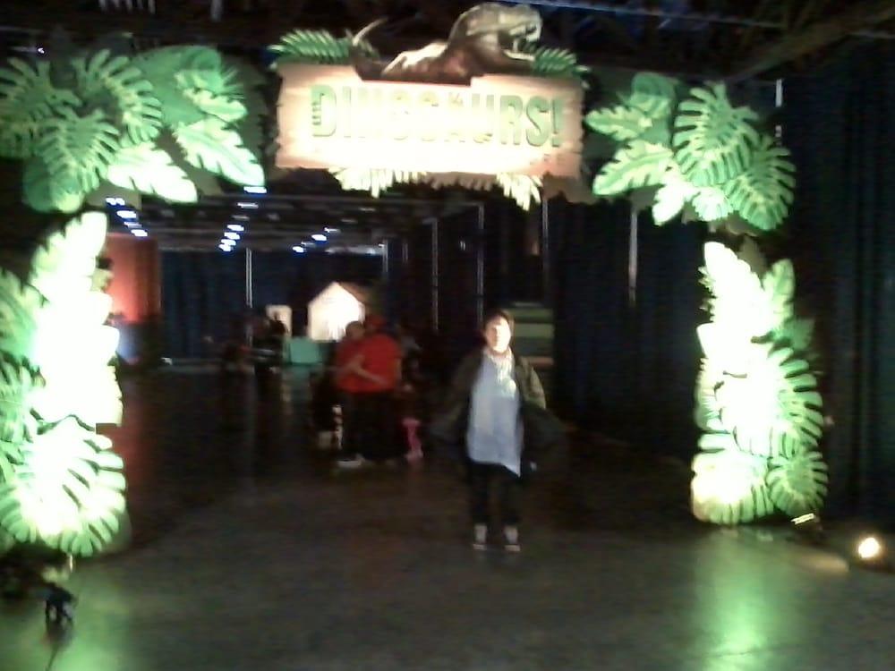 Discover the Dinosaurs: 4320 Chantilly Shopping Ctr, Chantilly, VA