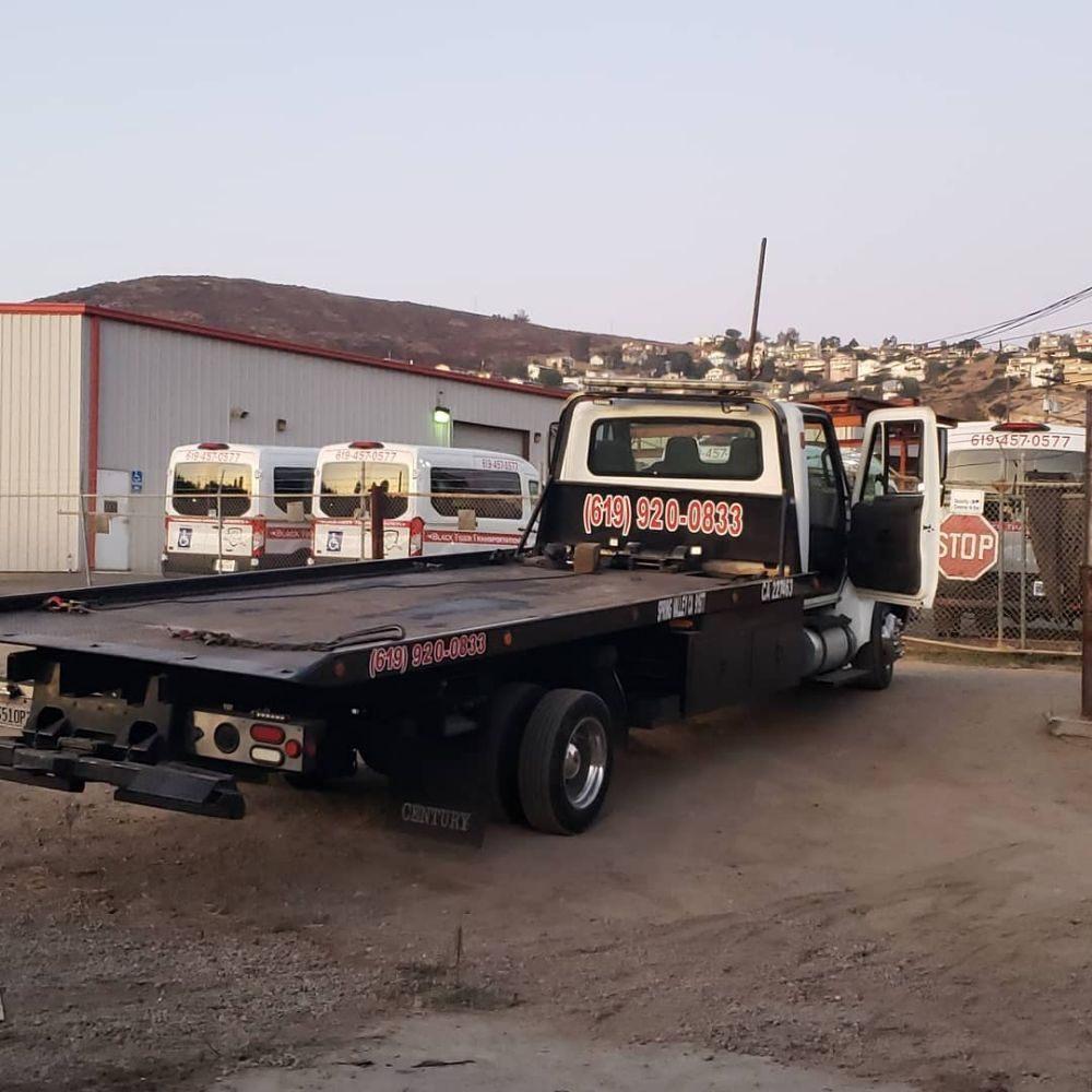 Towing business in Casa de Oro-Mount Helix, CA