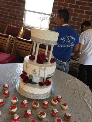 Panaderia La Antigua 3091 W Galbraith Rd Cincinnati Oh