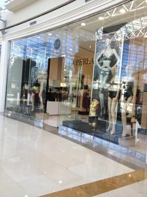 La Perla - Fashion - İstinyePark Alışveriş Merkezi No: 11 K: 2 ...