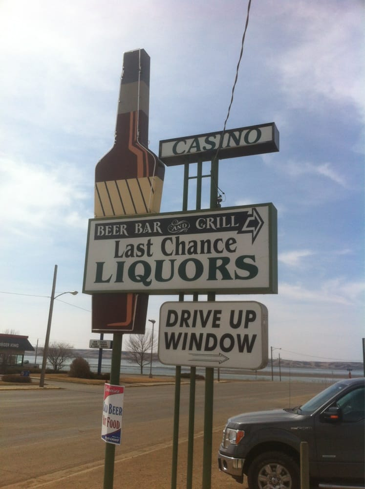 Last Chance Bar and Grill: 712 W Grand Crossing, Mobridge, SD
