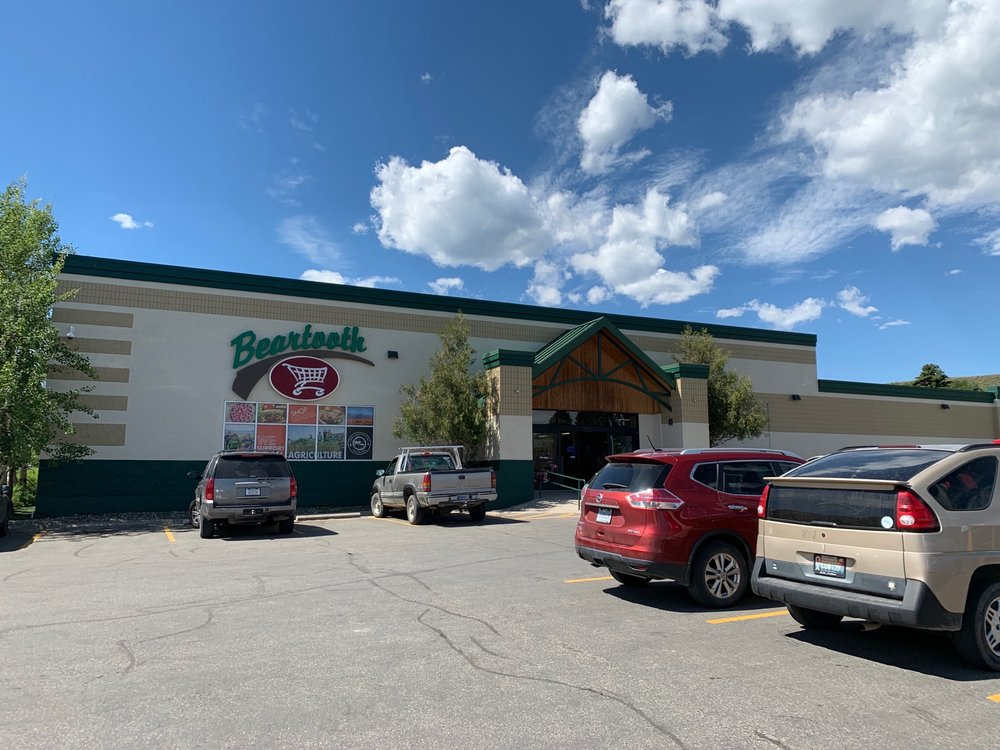Beartooth Market: 201 N Oakes Ave, Red Lodge, MT