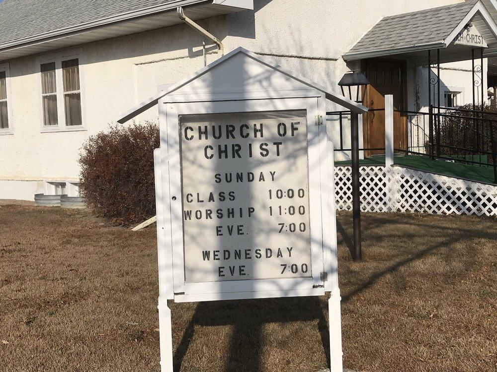 Church of Christ: 4th St, Phillipsburg, KS