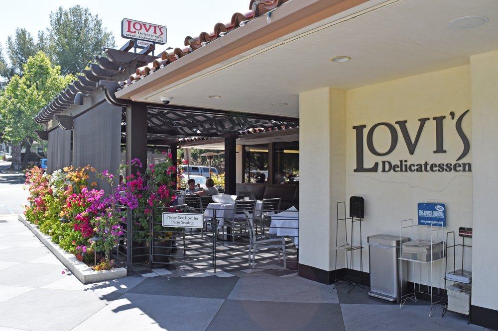 Lovi's Delicatessen