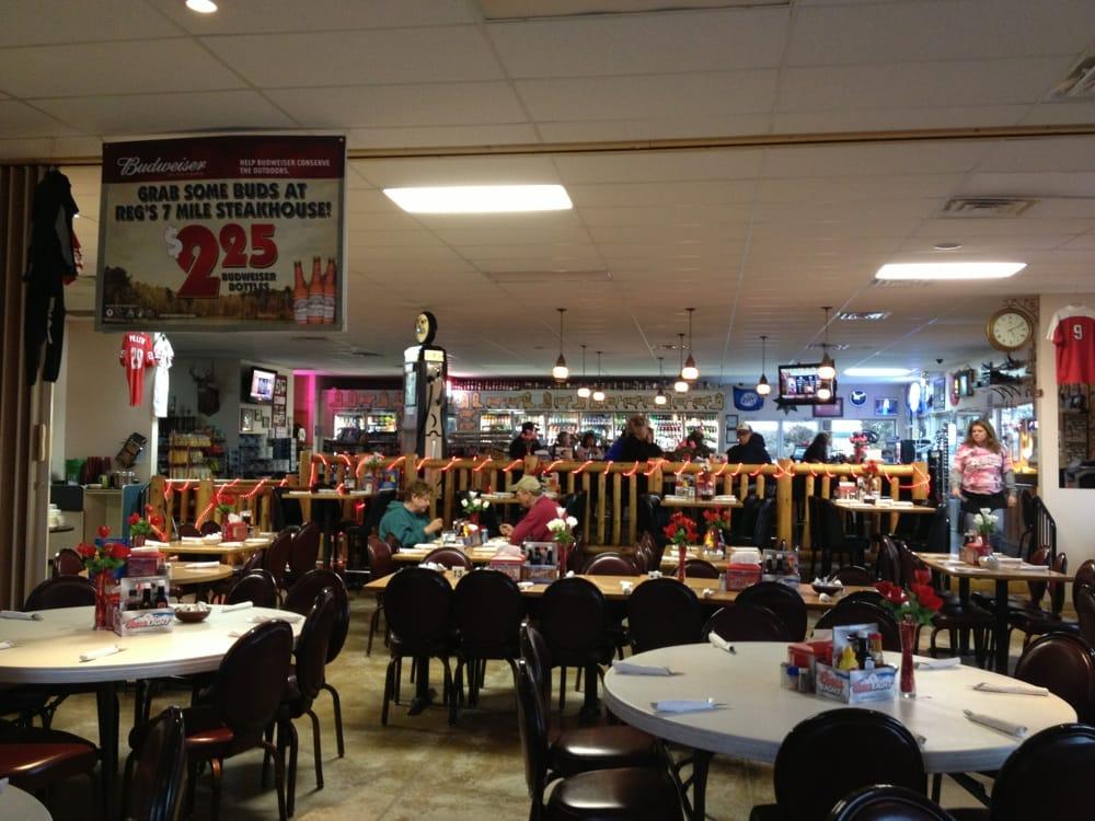 Regs 7 Mile Steakhouse: 105B 41st Rd, Columbus, NE
