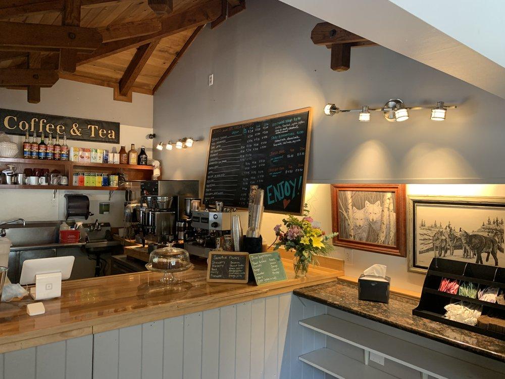 True Grit Coffeehouse: 10336 Loch Lomond Rd, Loch Lomond, CA