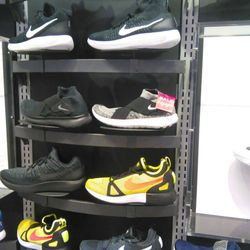 9660c3ff821 Foot Locker - 16 Photos - Shoe Stores - 5308 Pacific Ave, Stockton, CA -  Phone Number - Yelp
