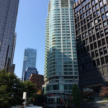 Vancouver Marriott Pinnacle Downtown Hotel Review