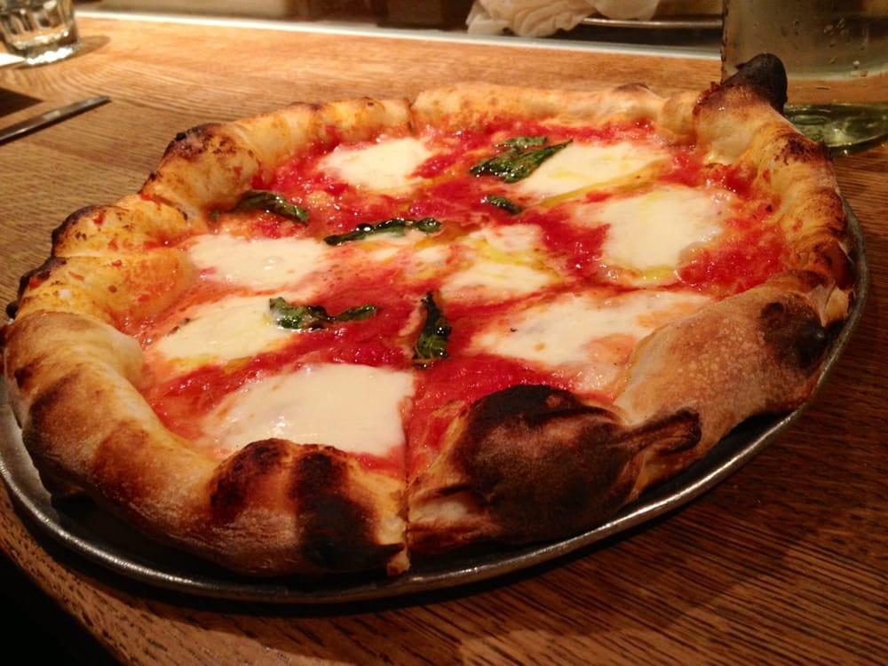 how to make mozzarella pizza