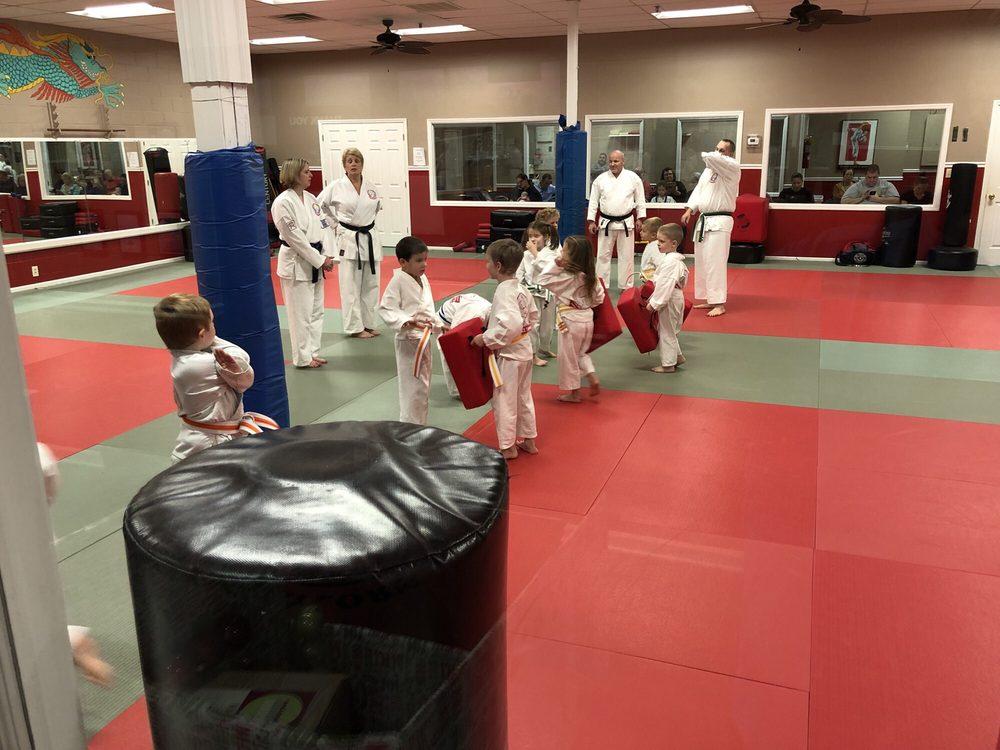 Bill Taylor's Bushido School of Karate: 1820 NW Broad St, Murfreesboro, TN