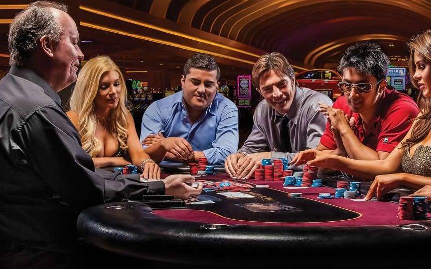 Casino strip poker argentina best las vegas paying casino