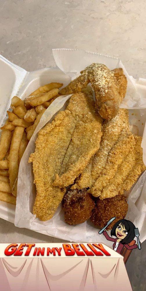 Oceans Fish & Chicken: 3700 S Camden Rd, Pine Bluff, AR