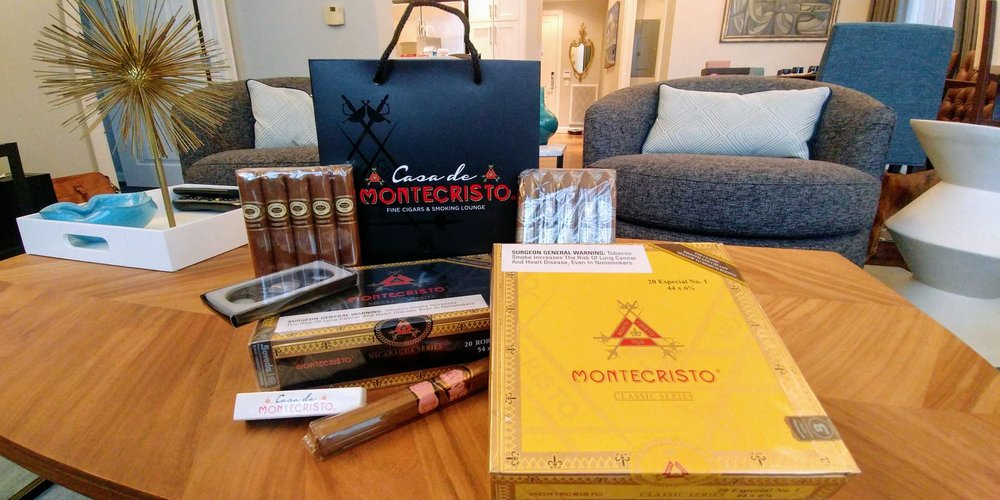 Casa de Montecristo by Serious Cigar - West Loop