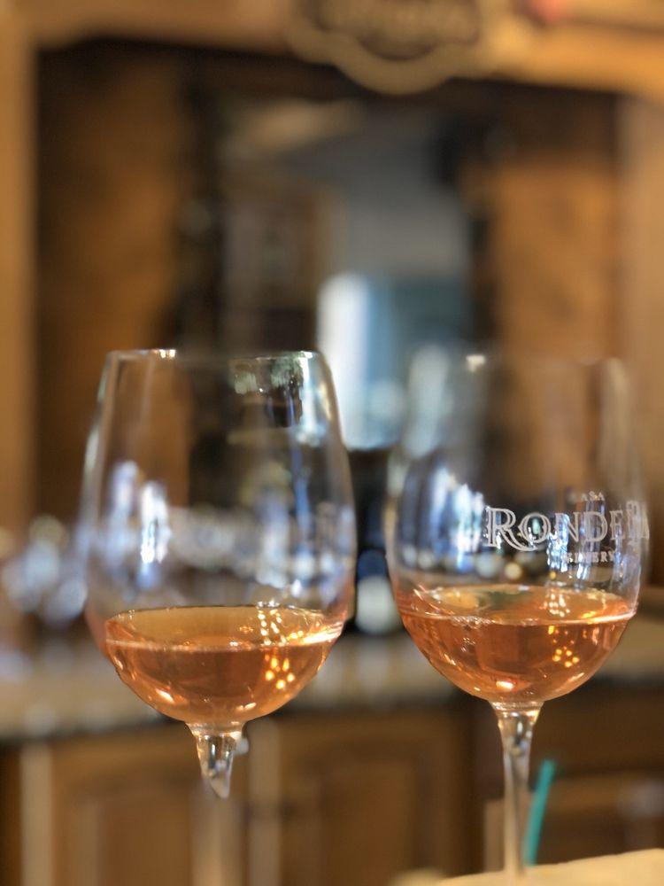 Casa Rondena Winery: 733 Chavez Rd NW, Los Ranchos de Albuquerque, NM
