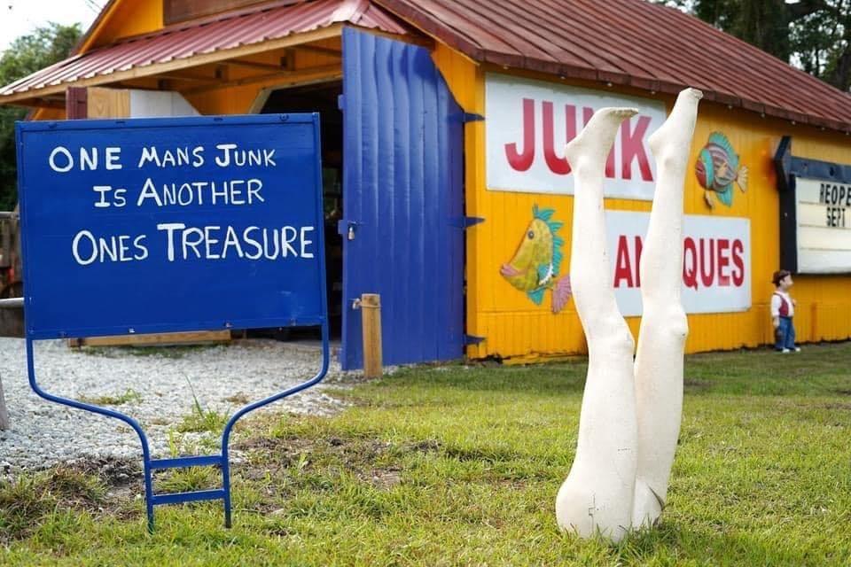 The Junkyard Market: 6241 Hwy 70 E, New Bern, NC