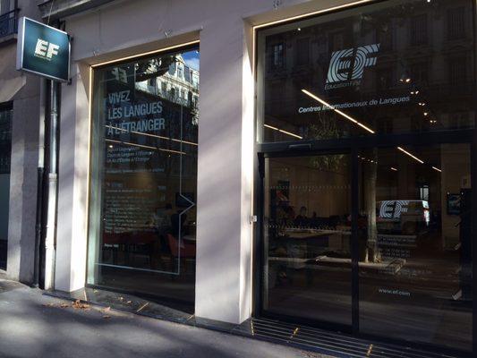 Ef education first escolas de l nguas 87 avenue du for Garage lyon ouvert samedi