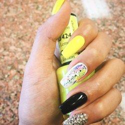 Q Spa Nails 360 Photos 127 Reviews Nail Salons 3414 132nd