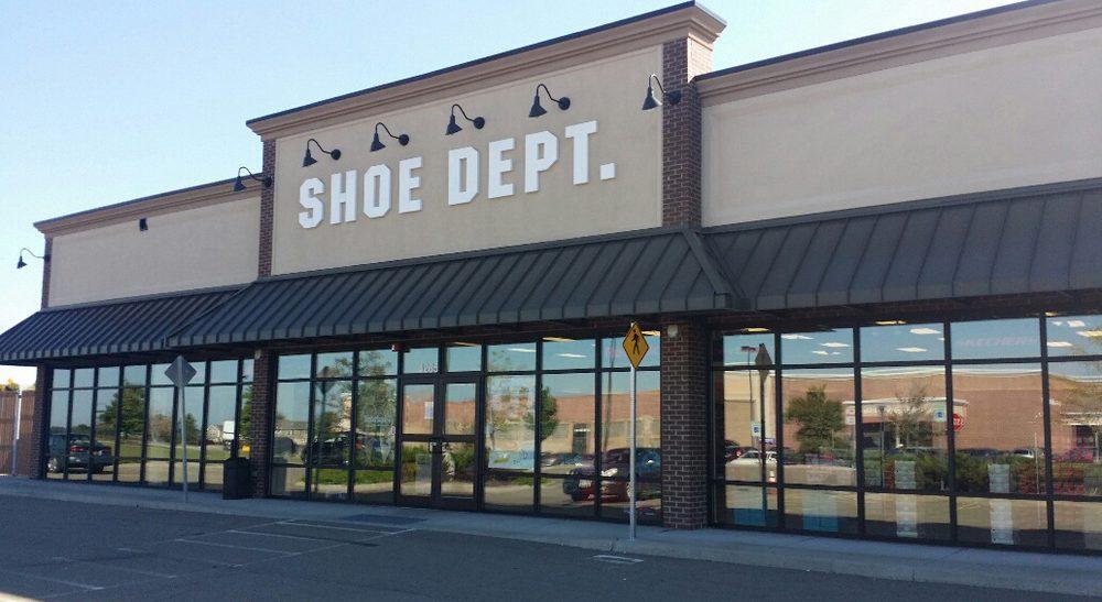 Shoe Dept #1452: 4265 Veterans Dr, Geneseo, NY
