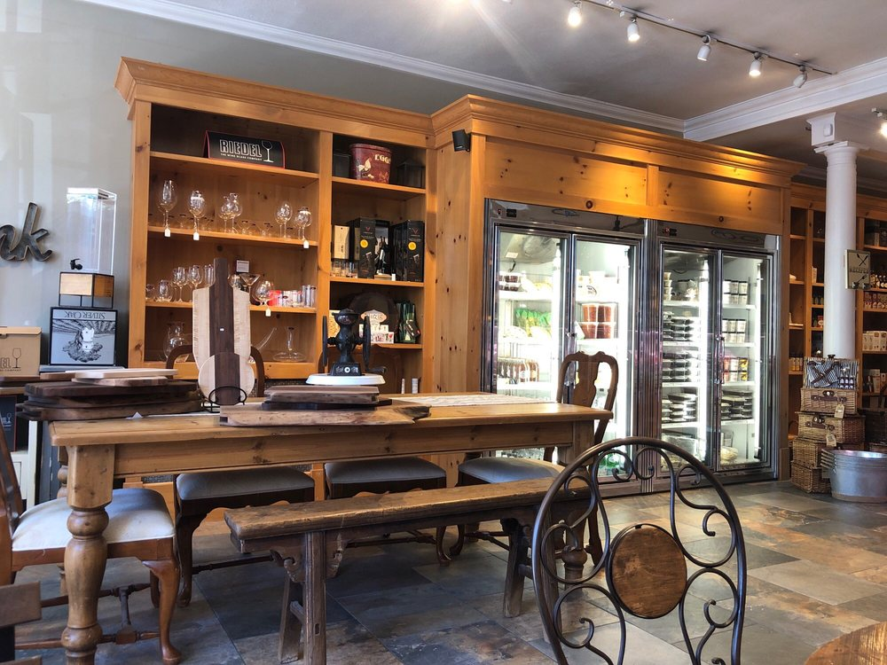 Curds & Whey: 20 Birch Hill Rd, Locust Valley, NY