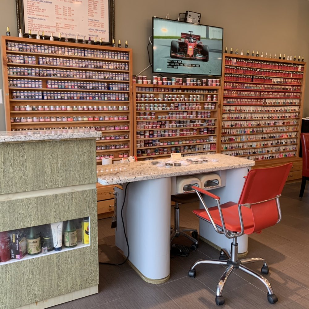 US Nails and Spa: 10486 Bristow Center Dr, Bristow, VA