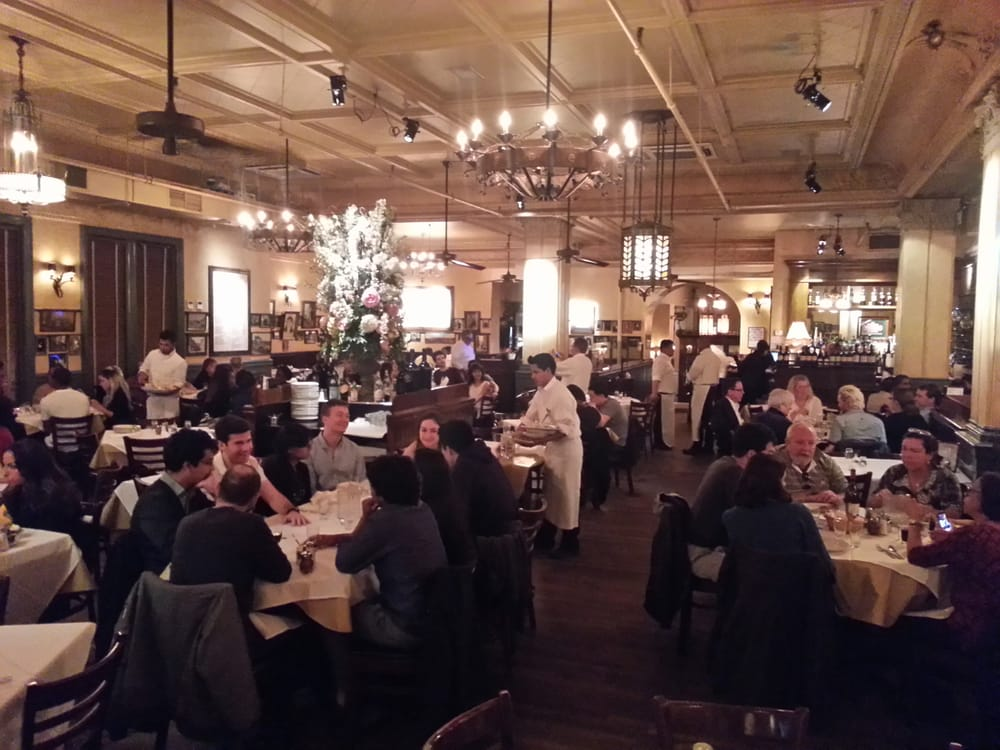 Carmine S Italian Restaurant Upper West Side
