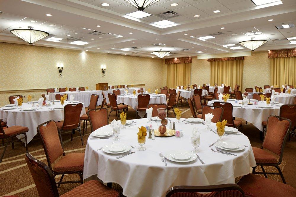Hilton Garden Inn Savannah Midtown 55 Photos 37 Reviews Hotels 5711 Abercorn St