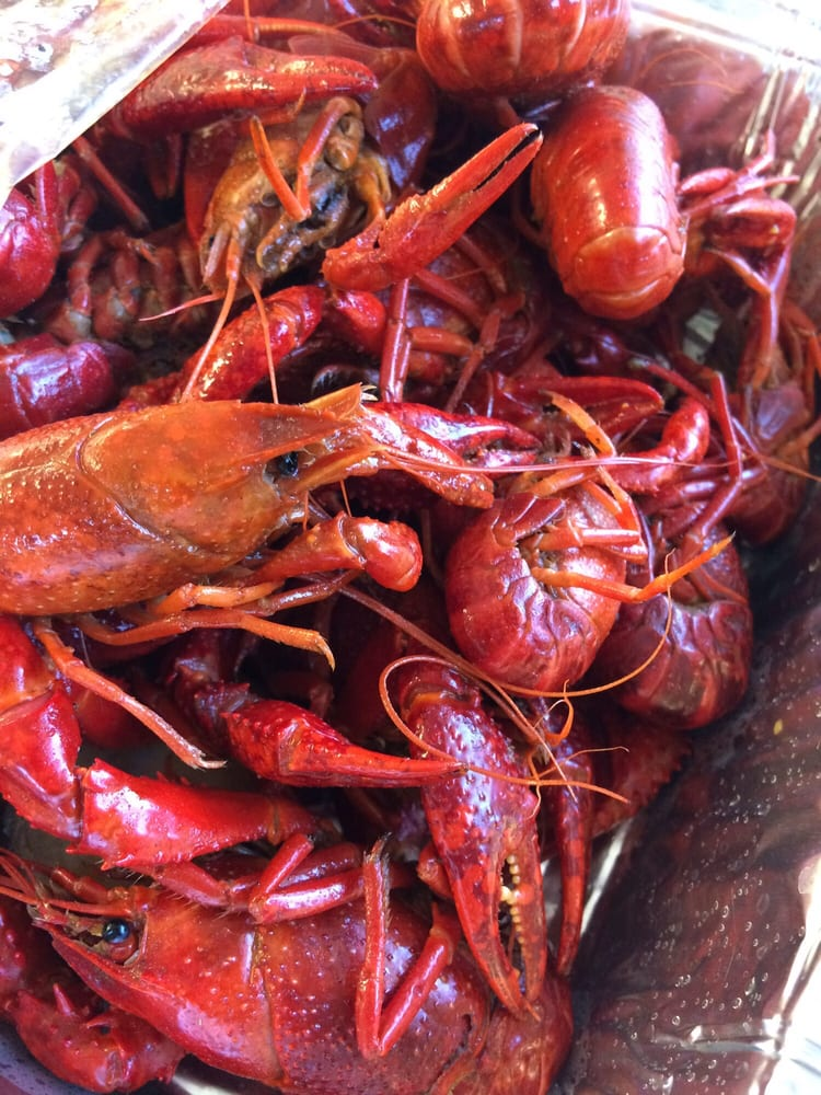 B&T Seafood: 4763 Airline Hwy, Baton Rouge, LA