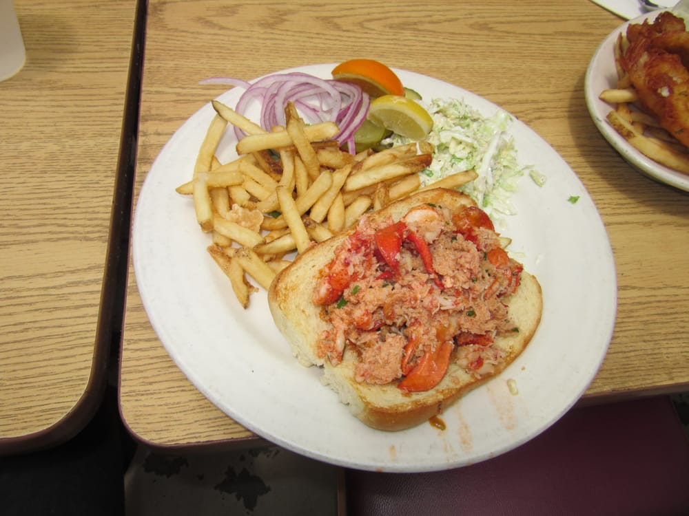 Lobster roll yelp for Phil s fish market moss landing