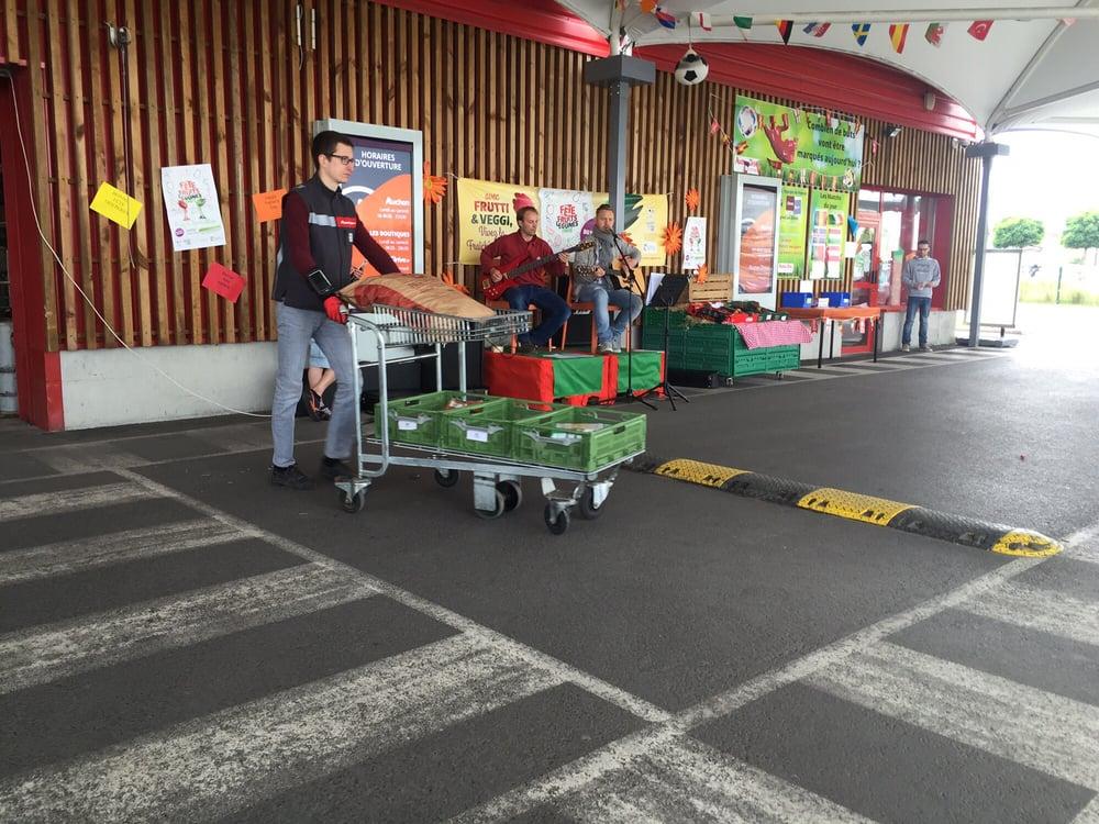 Auchan drive centre commercial bd d 39 halluin roncq - Nouveau centre commercial roncq ...