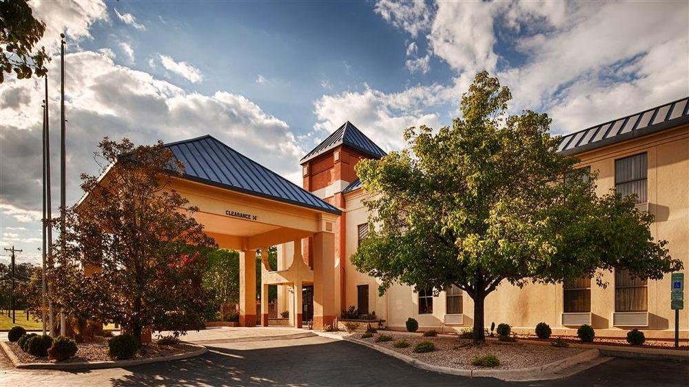 Best Western Butner Creedmoor Inn: 2578 W Lyon Station Rd, Creedmoor, NC