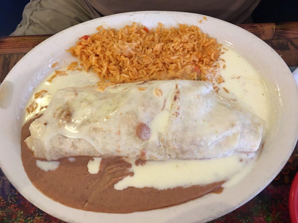 Mi Casa Mexican Restaurant: 1404 Hillcrest Plz, Doniphan, MO