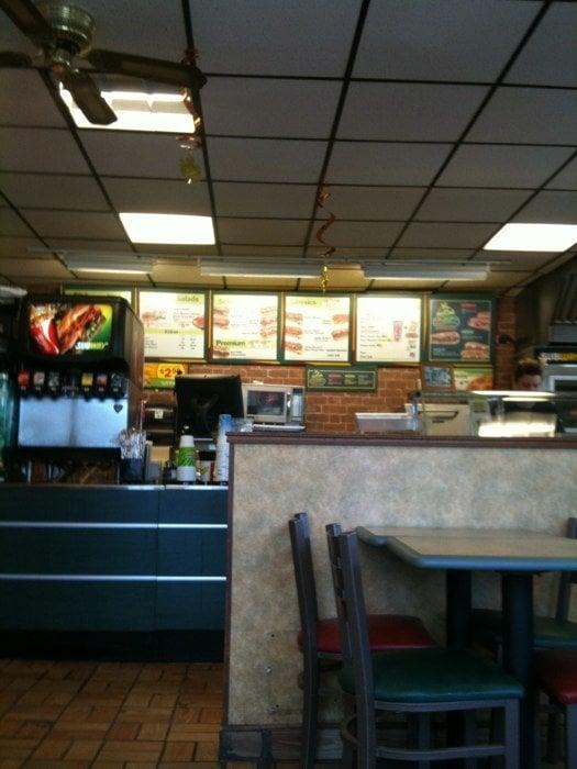 Subway Restaurants: 18 US Hwy 41, Lanse, MI