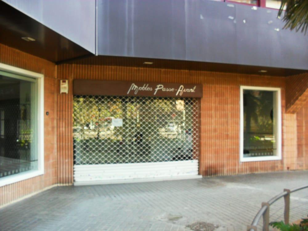 passe avant magasin de meuble avinguda de arag 32 i 34 mestalla valence valencia. Black Bedroom Furniture Sets. Home Design Ideas